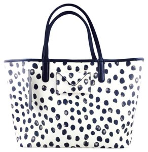 Marc by Marc Jacobs Tote in White/Black