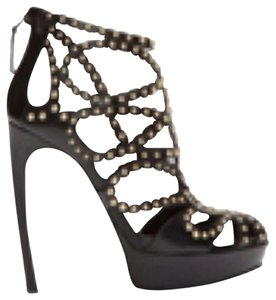 Alexander McQueen Balck and Gold Studs Platforms