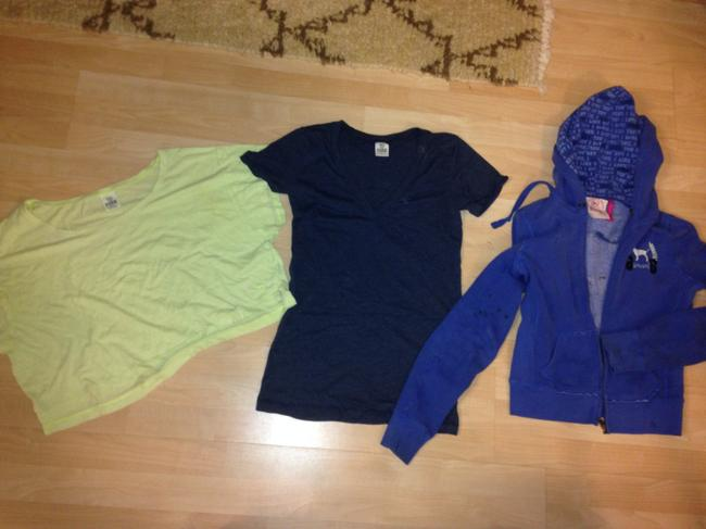 Item - Multi-color Victoria's Secret Lot Of Shirts and Sweater M Sweatshirt/Hoodie Size 6 (S)