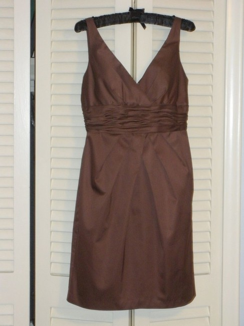 Item - Brown Cotton V-neck Sateen F14259 Cocoa Casual Bridesmaid/Mob Dress Size 8 (M)
