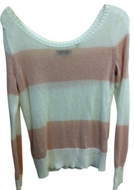 Preload https://item2.tradesy.com/images/guess-light-pink-and-white-striped-sweaterpullover-size-2-xs-6376-0-0.jpg?width=400&height=650