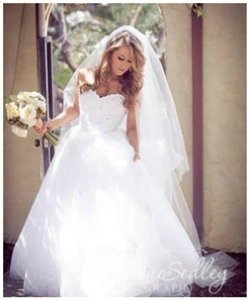 Vera Wang Ivory Long David's Two-tier Cathedral Length with Raw Edge Style Vw370024 Bridal Veil