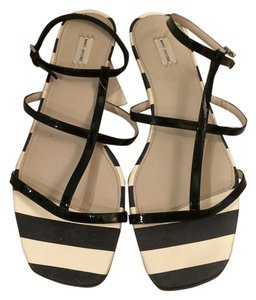 Marc Jacobs Black/Cream Sandals