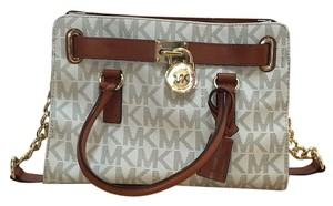 Michael Kors Satchel in Vanilla