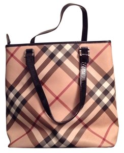 Burberry large shoulder tote! This item was bought from the Burberry store a special order they no longer make this size!!! Tote