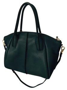 Tod's Tote in Navy