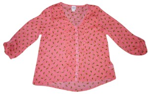 Mossimo Supply Co. Wrinkle Crinkle Wrinkled Wrinkles Bees 3/4 Sleeves Top Coral/Salmon, Brown, Yellow