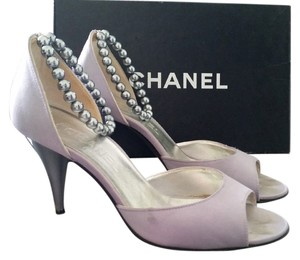 Chanel Vintage Silk Dress Sandal Beaded Pearl Ankle Strap silver Pumps