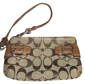 Coach Wristlet in Brown / Tan