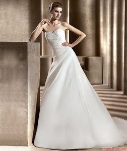 Pronovias Bristol Wedding Dress