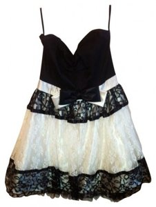 Jessica McClintock Strapless Lace Poofy Dress