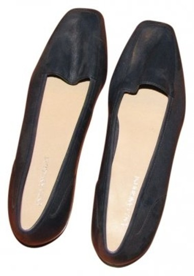 Preload https://item5.tradesy.com/images/enzo-angiolini-blue-never-been-worn-flats-size-us-85-narrow-aa-n-6474-0-0.jpg?width=440&height=440