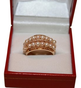18K YELLOW GOLD BAND RING WITH PEARLS AND DIAMONDS