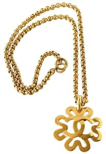 Chanel Chanel Gold CC Flower Necklace