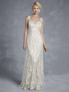 Enzoani Hollywood Wedding Dress