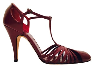 Calvin Klein dark red Pumps