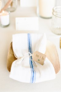 90 Farmhouse Napkins - White With Blue Stripe