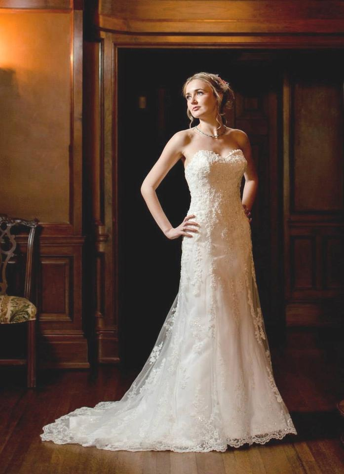 Maggie Sottero Ivory Emma Gown Traditional Wedding Dress Size 6 S