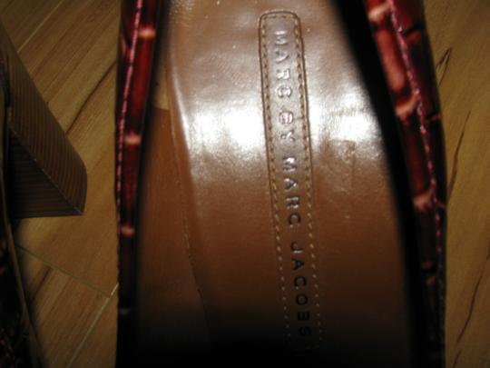 Marc by Marc Jacobs Moc Croc Patent Loafers Heeled Heels 7.5 brown Pumps