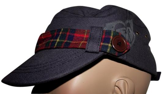 Preload https://item1.tradesy.com/images/roxy-gray-new-plaid-1990s-inspired-cap-paper-hat-6535255-0-0.jpg?width=440&height=440