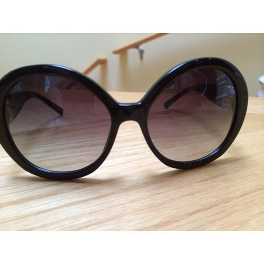 Chanel Chanel Collection Perle sunglasses