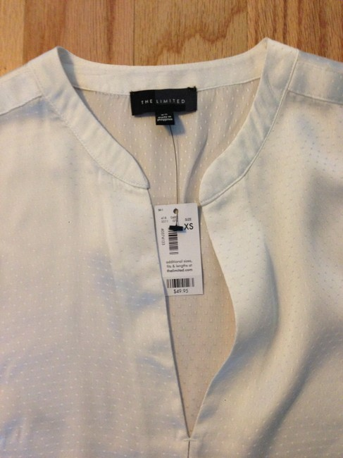 The Limited V-neck Top Ivory