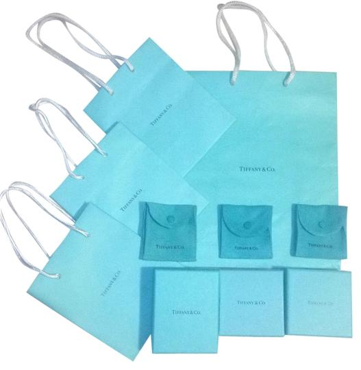 Preload https://item1.tradesy.com/images/tiffany-and-co-blue-6541420-0-0.jpg?width=440&height=440
