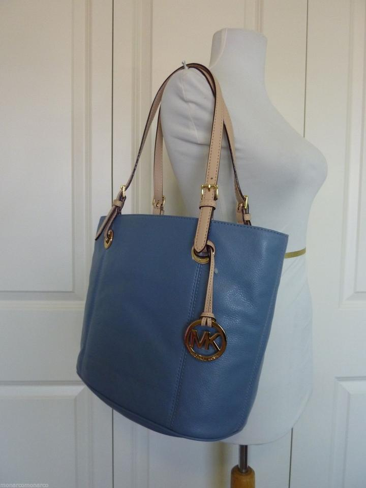Michael Kors Surf Pale Jet Set Wallet Blue Pebbled Leather Tote Tradesy