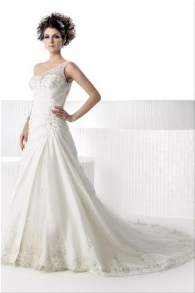 Private label by g style 1387 wedding dress tradesy weddings for Private label wedding dress