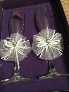 Glass White Couture Flutes By Cathy Concept