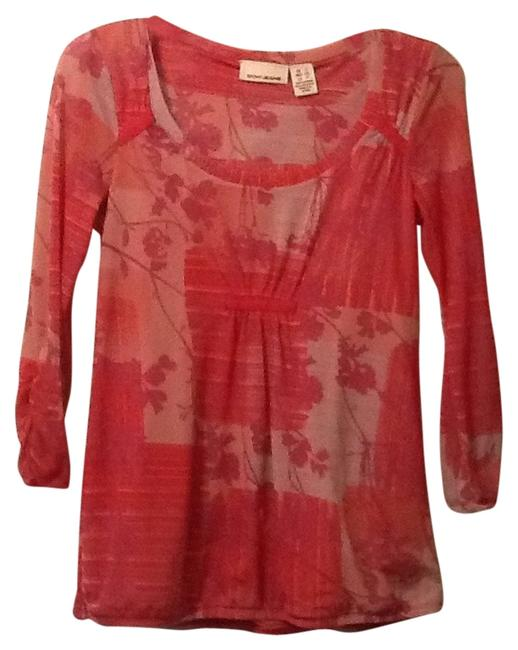 Preload https://item2.tradesy.com/images/dkny-pink-blouse-size-6-s-6547861-0-0.jpg?width=400&height=650