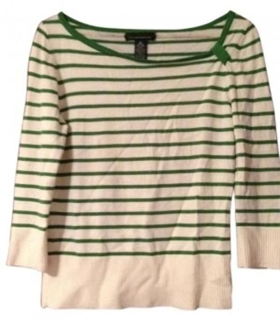 Preload https://item3.tradesy.com/images/banana-republic-cream-and-green-sweaterpullover-size-8-m-6552-0-0.jpg?width=400&height=650