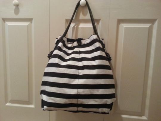 AN-NATASHA Beach Carry On Shopping Leather Tote in Black and white striped