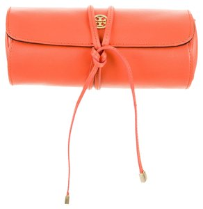 Tory Burch Coral textured leather Tory Burch Robinson cosmetic case New