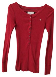Abercrombie & Fitch T Shirt Red