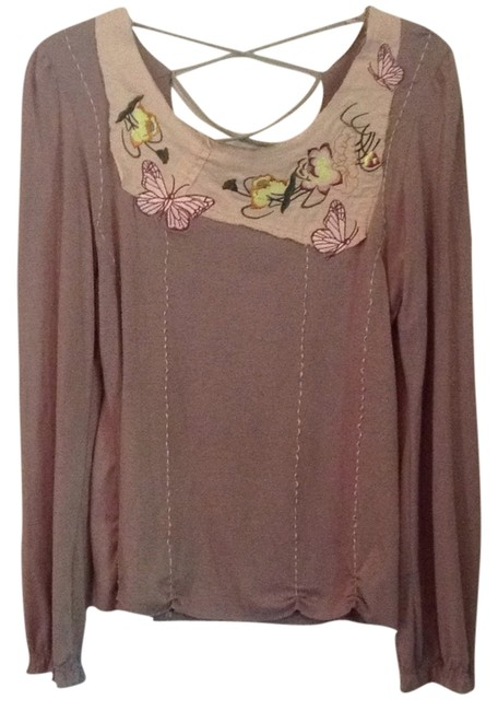 Preload https://item4.tradesy.com/images/taupe-multi-tee-shirt-size-8-m-6561718-0-1.jpg?width=400&height=650