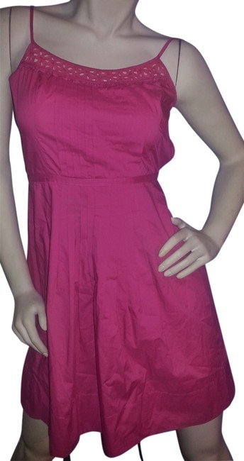 Preload https://item4.tradesy.com/images/ann-taylor-loft-pink-cotton-eyelet-pleated-above-knee-workoffice-dress-size-petite-2-xs-6562003-0-0.jpg?width=400&height=650