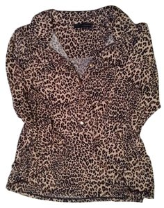 Grace Elements 3/4 Sleeve Gold Hardware Top Leopard Print
