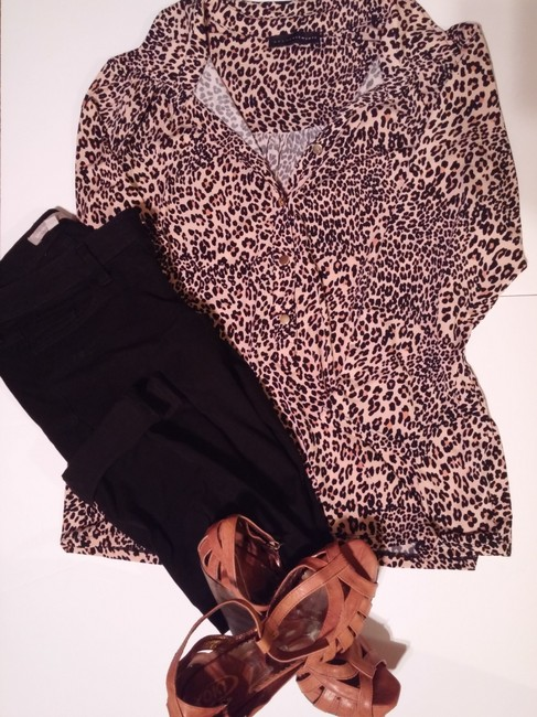 Grace Elements 3/4 Sleeve Gold Hardware Pullover Button-up Animal Print Top Leopard Print