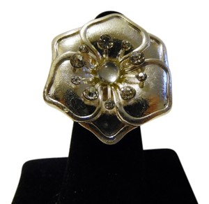Flower Crystal Stretch Ring Size 8