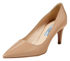 Prada Leather Saffiano nude Pumps