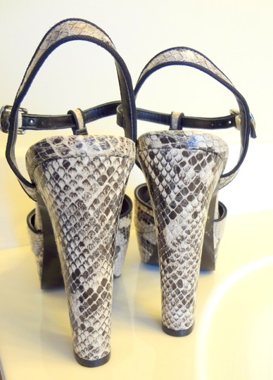 BCBGeneration Sandals Club Ultra High High Heel S multi snake Platforms