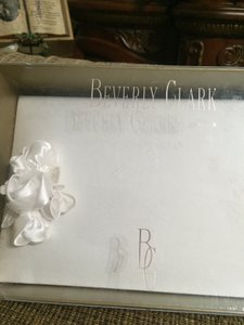 Guest Book A'mour Collection 41 A By Beverly Clark G
