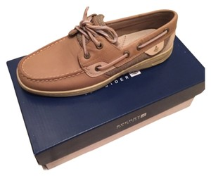 Sperry Oat Athletic