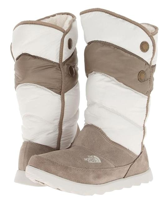 Item - White Beige Thermoball Pull-on Boots/Booties Size US 7.5 Regular (M, B)