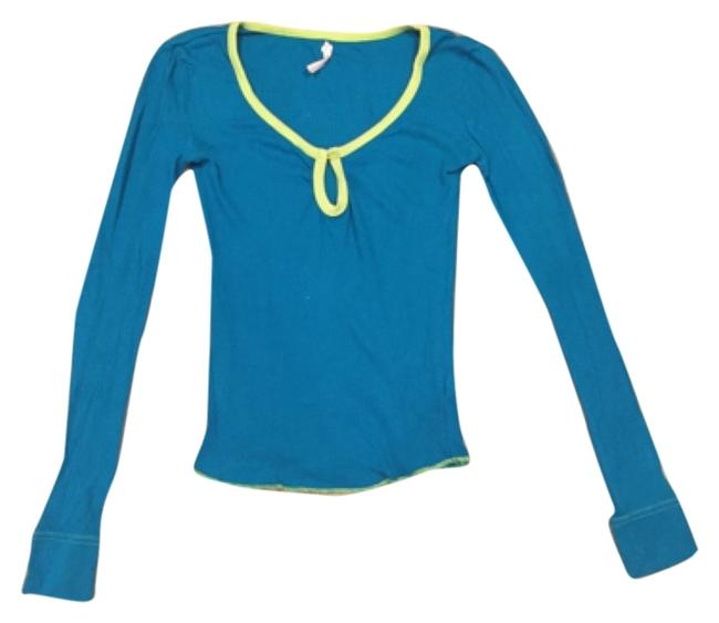 Preload https://item2.tradesy.com/images/free-people-blue-with-green-piping-and-stitching-5357-tee-shirt-size-4-s-6574171-0-0.jpg?width=400&height=650
