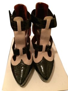 Marc Jacobs Suede Patent Leather Italian beige and black Boots