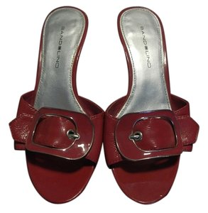 Bandolino Patent Leather Fuchsia/Raspberry Sandals