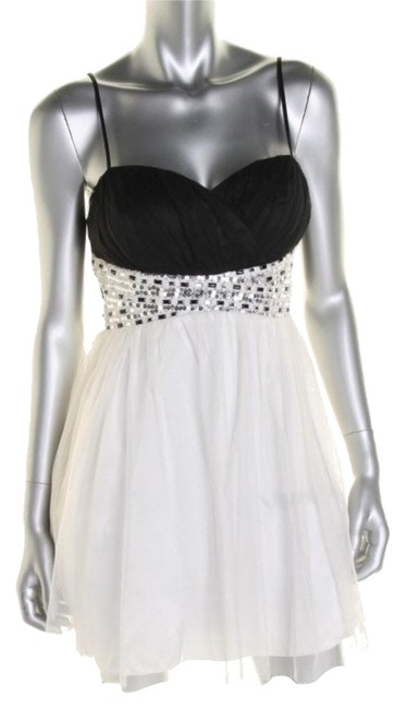 Item - Off White/Black/Silver I5869379/Party Above Knee Cocktail Dress Size Petite 2 (XS)