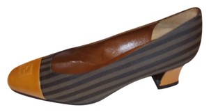 Fendi Low Heel Logo 6.5 M Tan Signature Multi-Color (Black & Tan) Pumps